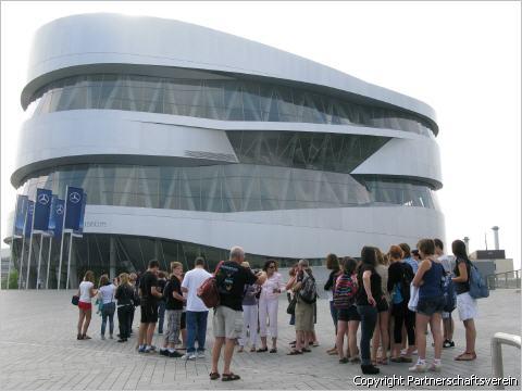 MercedesBenzMuseum 1